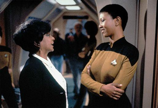 Doctor Mae Jemison, the first black woman to fly in Space ...