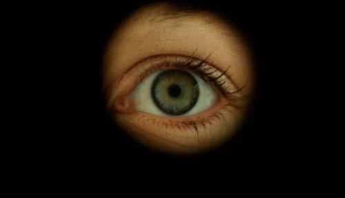 f28-eye