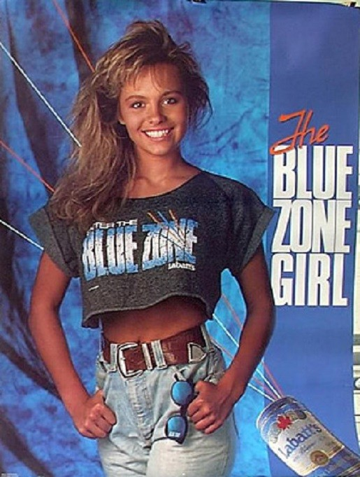 pamela-anderson-blue-zone-girl-1989-photo-GC